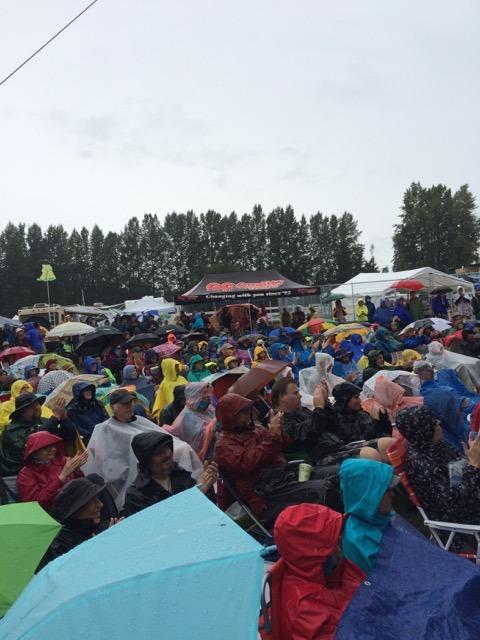 A rainy Musicfest moment.